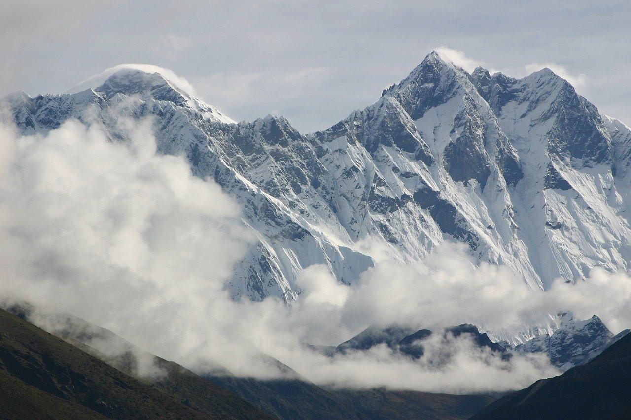 Lhotse Berg Steckbrief