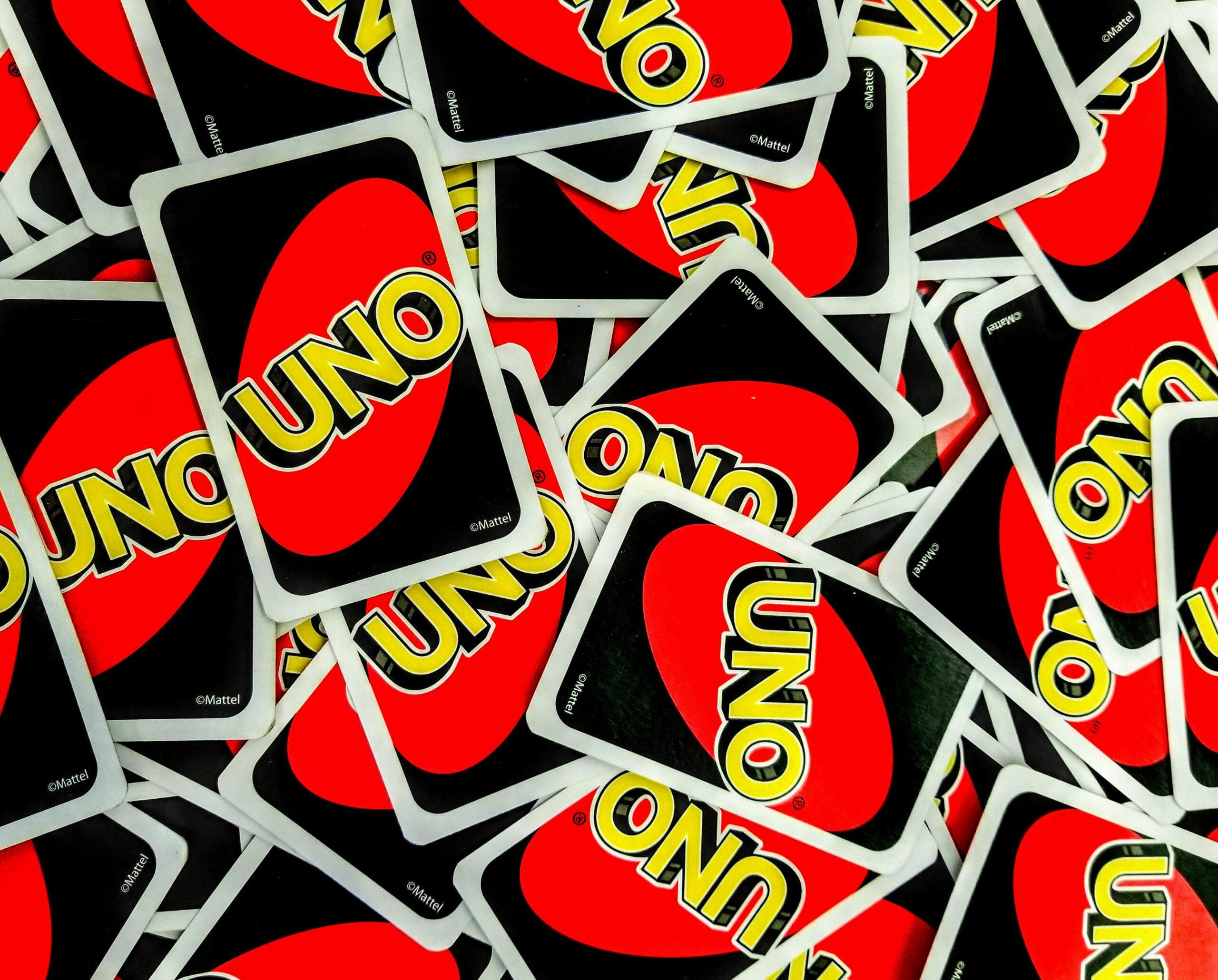 Uno (Kartenspiel) Regeln & Geschichte