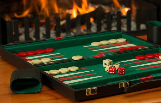 Backgammon Steckbrief & Regeln