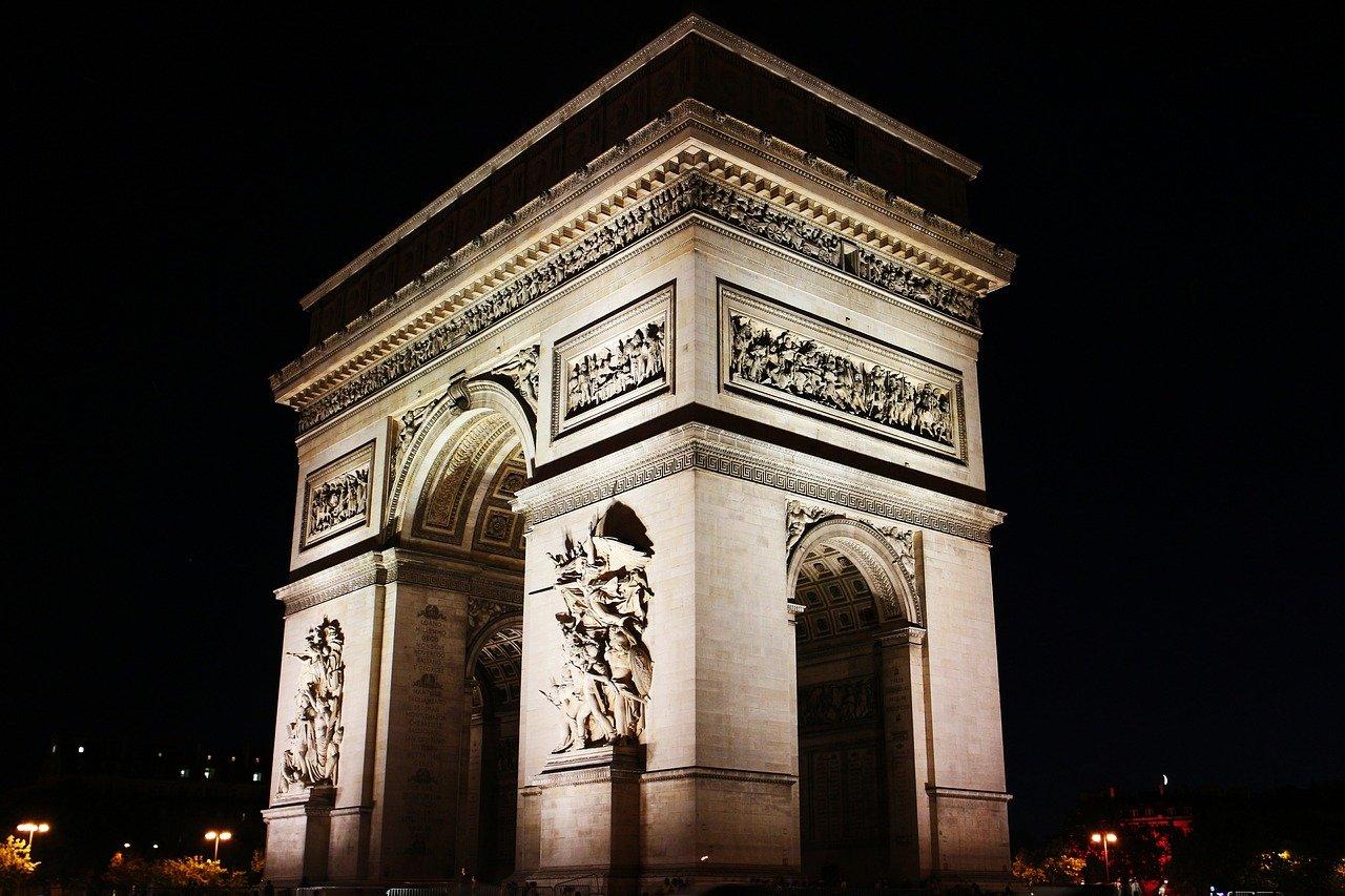 Arc de Triomphe Steckbrief – Maße, Geschichte