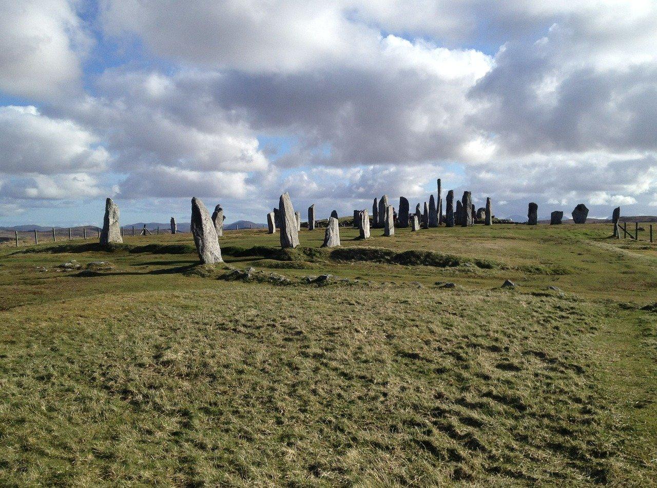 Callanish Stones, Standing Stones – Standort, Beschreibung, Steinkreis