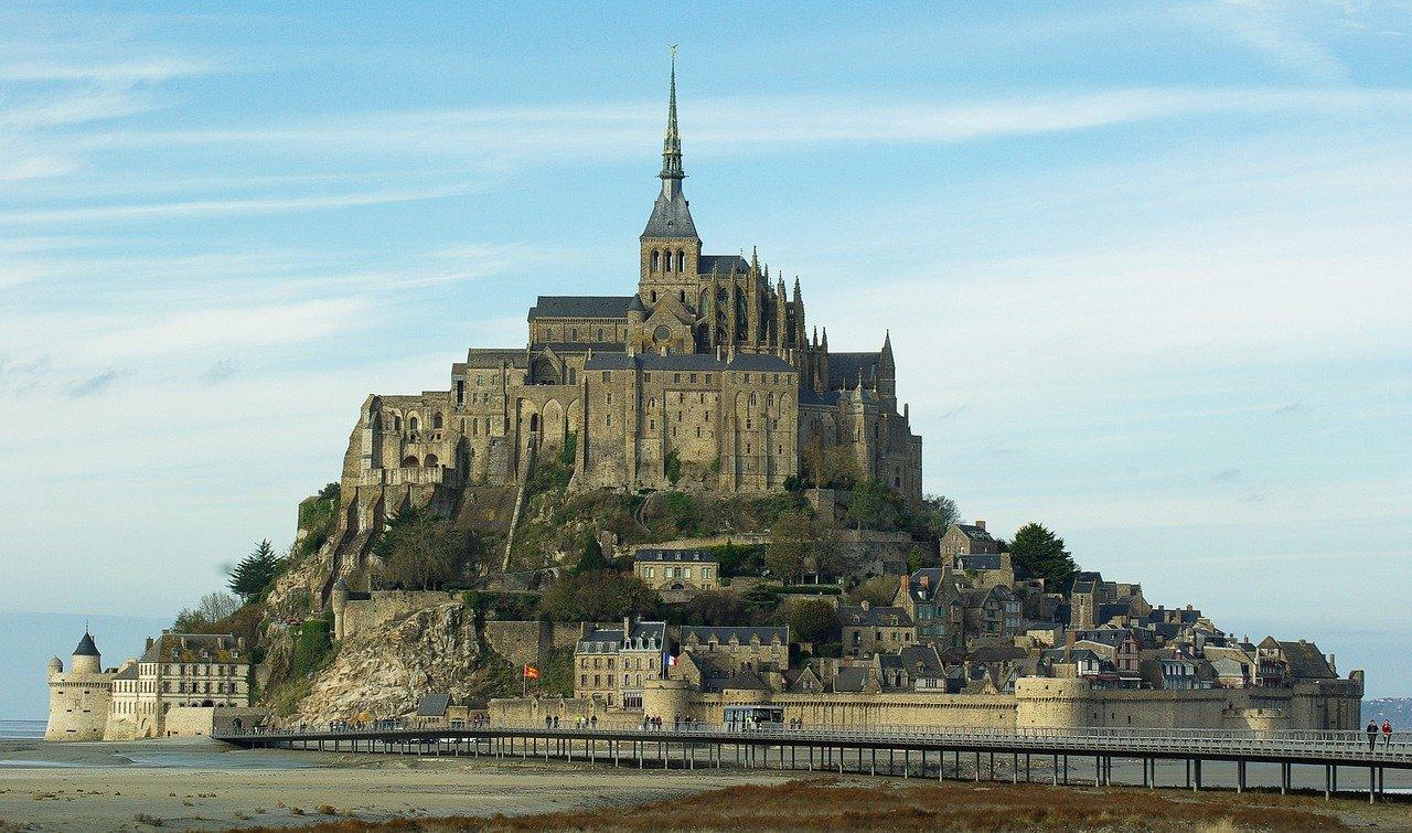 Mont-Saint-Michel Abtei –  Geschichte