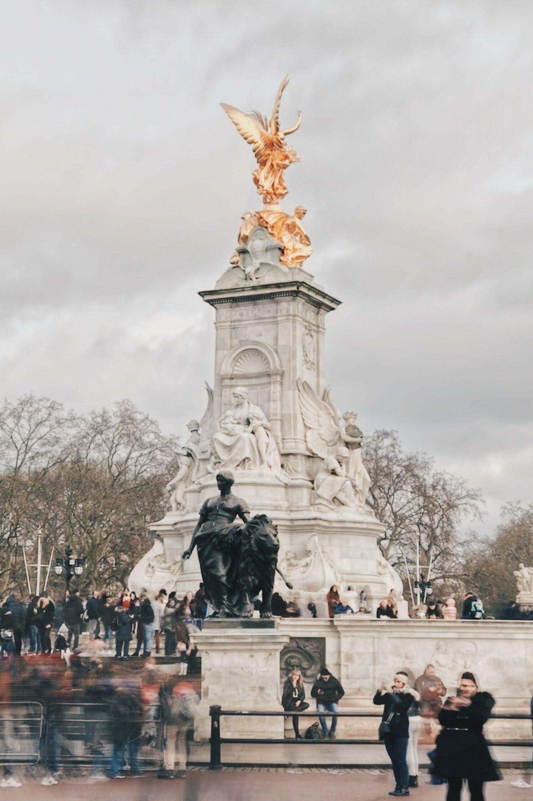Victoria Memorial London Steckbrief – Geschichte, Finanzierung und Bau