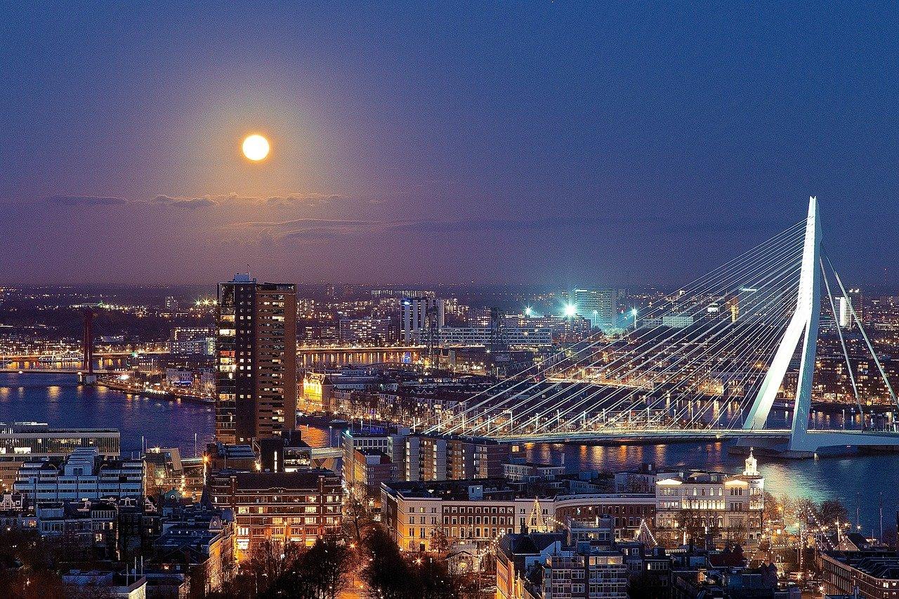 Rotterdam Steckbrief & Bilder